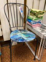 chair black iron.jpg